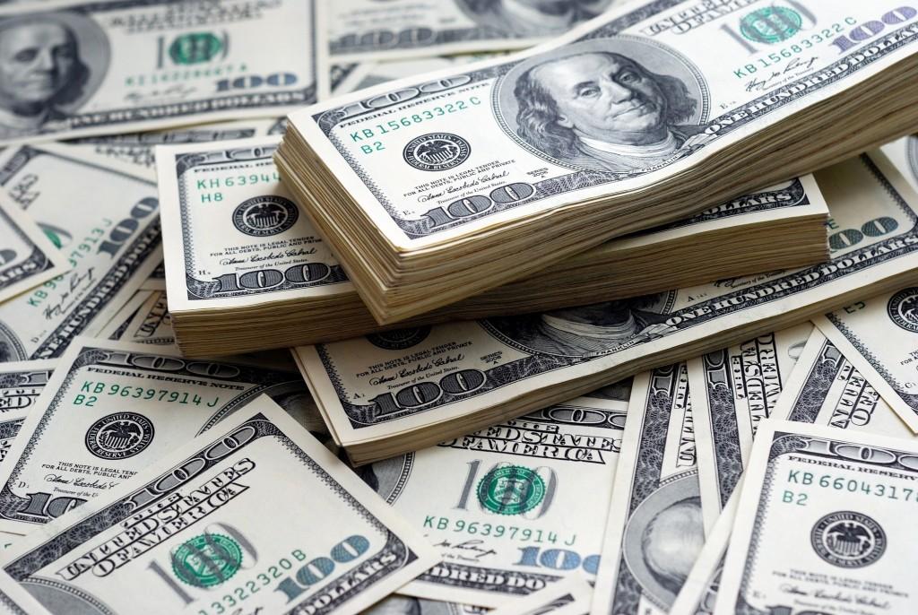 Manufacturing money