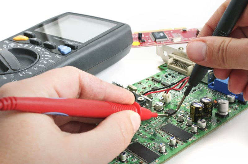 Testing an electronic circuit board